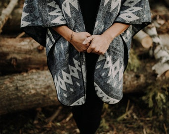 Cliff Poncho - Womens Cape - Boho Poncho - Womens Shawl - Womens Poncho - Womens Wrap - Poncho Shawl - Bohemian Poncho