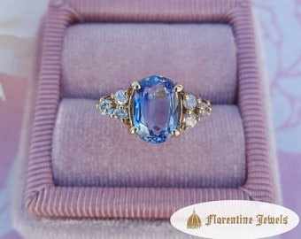 AA Quality Natural Ceylon Sapphire Ring Accented with White Diamonds, Set in 14 kt Yellow Gold Designer Ring