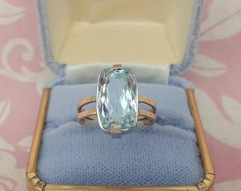8.5 Carat Aquamarine Princess Diana Aquamarine Ring, 14 kt White and Yellow Gold Cocktail Ring