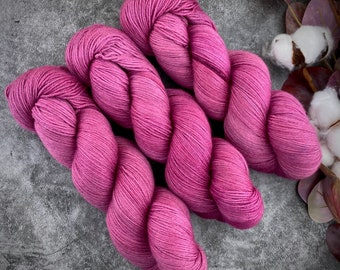 Fingering Weight | Jupiter | Hand Dyed Yarn | Non-Superwash Merino Wool