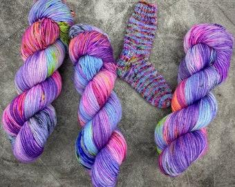 100% Merino SW Fingering Weight   Wonderbolts   Hand Dyed Yarn   Superwash wool