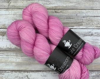 Hand-Dyed Yarn   Merino Wool   Tulle