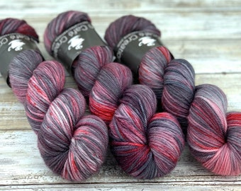 Worsted Weight | Exploding Bonbons | Hand Dyed Yarn | Superwash wool