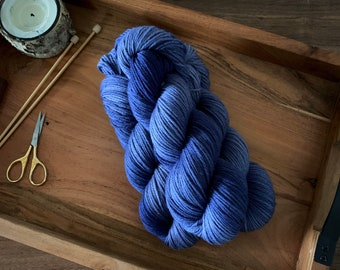 Undercurrent | Non-Superwash Merino Wool | Hand-Dyed Yarn | DK Weight