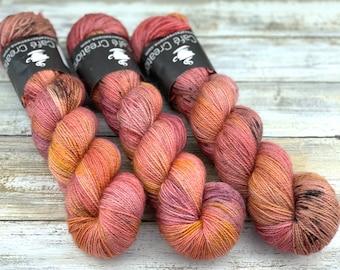 Silver Stellina | Honeycrisp | Hand Dyed Yarn | Superwash wool