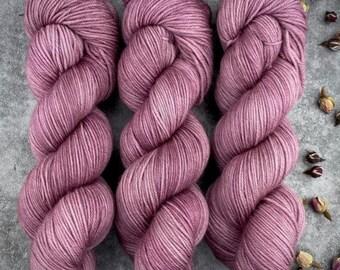 100% Merino SW Fingering Weight | Clove | Hand Dyed Yarn | Superwash wool