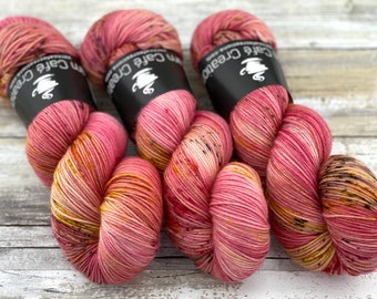 85/15 SW Merino/Wool Sock Weight| Honeycrisp | Hand Dyed Yarn | Superwash wool