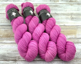 DK Weight | 75/25 SW Merino/Nylon | Orchid | Hand Dyed Yarn | Superwash wool