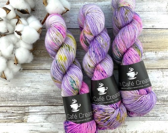 Merino/Linen Blend SW Fingering Weight | Huckleberry Pie | Hand Dyed Yarn | Superwash wool