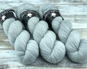 Non-Superwash Merino Wool One Ply | White Pepper | Fingering Weight | Hand Dyed Yarn