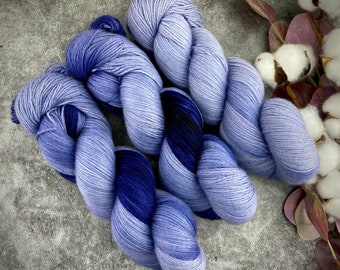 Fingering Weight | Undercurrent | Non-Superwash Merino Wool | Hand-Dyed Yarn