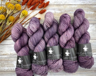 100% Merino SW Fingering Weight | Plum Puddin' | Hand Dyed Yarn | Superwash wool