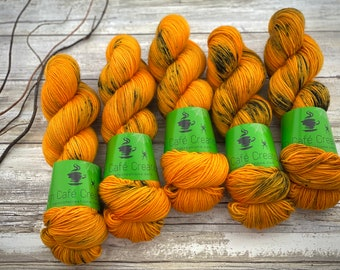 Polwarth Fingering Weight | Pumpkinhead | Hand Dyed Yarn | Superwash Polwarth
