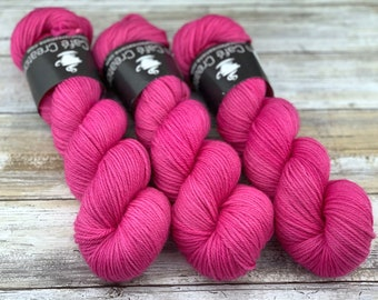 Worsted Weight | Fizzing Whizbees | Hand Dyed Yarn | Superwash wool