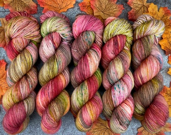 Biscotti Sock   85/15 SW Merino/Wool Sock Weight  Cinnamon Pumpkin Latte   Hand Dyed Yarn   Superwash wool