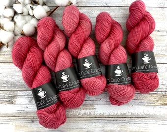 85/15 SW Merino/Wool Sock Weight| Chili Pepper | Hand Dyed Yarn | Superwash wool