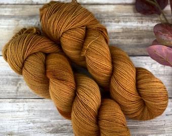 Roasted Pumpkin | Non-Superwash Merino Wool | Hand Dyed Yarn