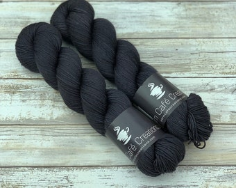 Hand-Dyed Yarn | Merino Wool | Mascara