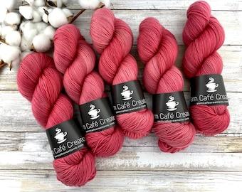 Polwarth Fingering Weight | Chili Pepper | Hand Dyed Yarn | Superwash Polwarth