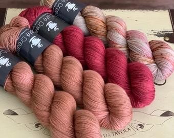 Hand-Dyed Yarn | Merino Wool | Navelli Kit Manicure
