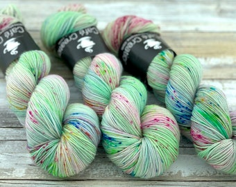 100% Merino SW Fingering Weight | Doxy | Hand Dyed Yarn | Superwash wool