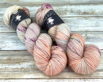 Worsted Weight | Mawas | Hand Dyed Yarn | Superwash wool
