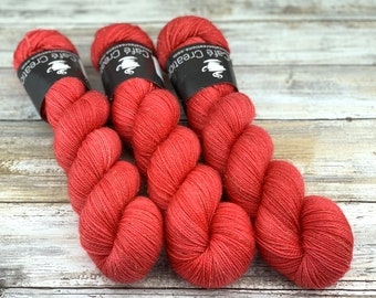 Gold Stellina | Red Hots | Hand Dyed Yarn | Superwash wool