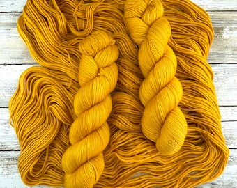 Butterbeer | Harry Potter Magical Treats Collection | Hand Dyed Yarn