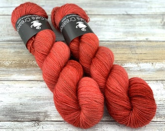 Gold Stellina | Cranberry | Hand Dyed Yarn | Superwash wool