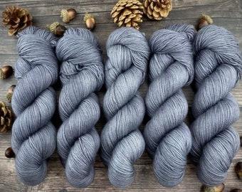 Veranda BFL DK Weight | 100% SW Blue-Faced Leicester Wool | Pepper | Hand Dyed Yarn | Superwash wool