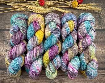 Polwarth DK Weight | 100% SW Polwarth Wool | Warm Sangria Cider | Hand Dyed Yarn |