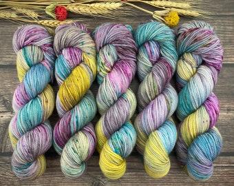 Sport Weight | 100% SW Merino Wool | Warm Sangria Cider | Hand Dyed Yarn | Superwash wool