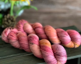 Honeycrisp | Autumn Harvest Collection | Hand Dyed Yarn