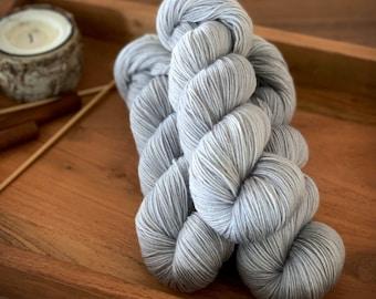White Pepper | Non-Superwash Merino Wool | One Ply Fingering Weight | Hand Dyed Yarn