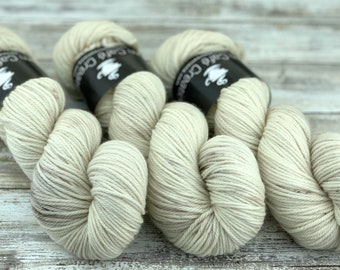 Worsted Weight | Eggnog | Hand Dyed Yarn | Superwash wool