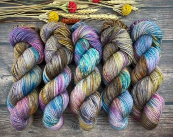 Veranda BFL DK Weight | 100% SW Blue-Faced Leicester Wool | Boozy Hot Wassail | Hand Dyed Yarn | Superwash wool