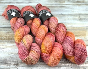 Gold Stellina | Honeycrisp | Hand Dyed Yarn | Superwash wool