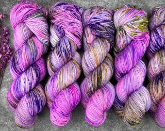 Glacé Silver Stellina | Huckleberry Pie | Hand Dyed Yarn | Superwash wool | 4-ply