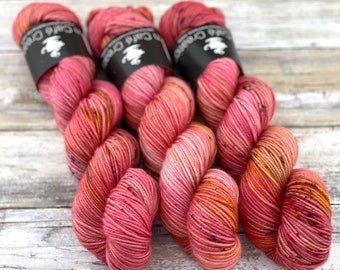 Americano DK Weight | 100% SW Merino Wool | Honeycrisp | Hand Dyed Yarn | Superwash wool