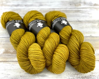 Worsted Weight | Dijon | Hand Dyed Yarn | Superwash wool