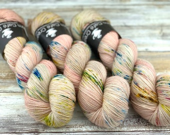 Gold Stellina | Peach Blossom | Hand Dyed Yarn | Superwash wool