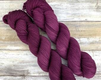 Hand-Dyed Yarn | Merino Wool | Yeren