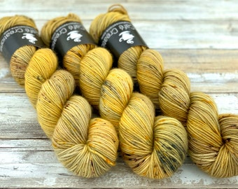 DK Weight | 100% SW Merino Wool | Harvest Moon | Hand Dyed Yarn | Superwash wool