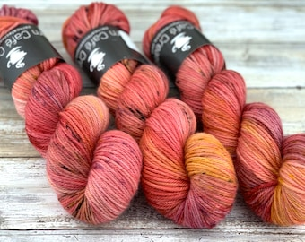 Worsted Weight | Honeycrisp | Hand Dyed Yarn | Superwash wool