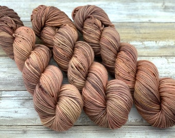 DK Weight | 100% SW Merino Wool | Plateau | Hand Dyed Yarn | Superwash wool