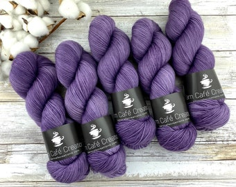 Polwarth Fingering Weight | Sugarplum | Hand Dyed Yarn | Superwash Polwarth