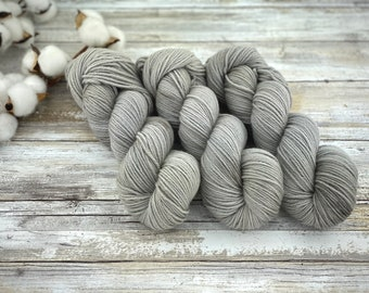 DK Weight | Oatmeal | Non-Superwash Merino Wool | Hand-Dyed Yarn