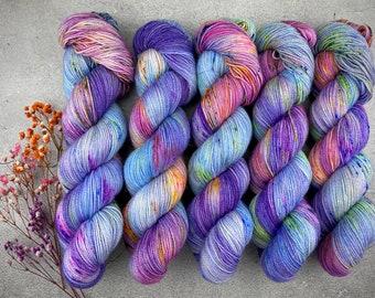 Raw Sugar Gold Stellina | Wonderbolts | Hand Dyed Yarn | Superwash wool | 2-ply