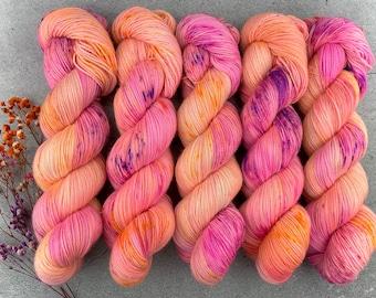 Raw Sugar Gold Stellina | Rainbow Falls | Hand Dyed Yarn | Superwash wool | 2-ply