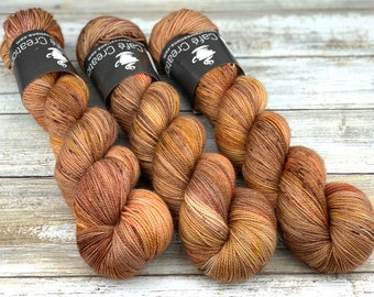 Gold Stellina | Maple | Hand Dyed Yarn | Superwash wool